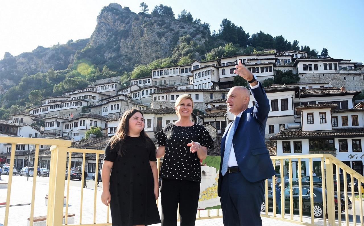 Presidentja e Kroacisë  Qytetare Nderi  në Berat