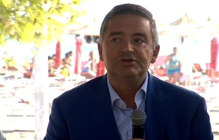 Ministri Klosi: Gjatë gushtit mbi 1 milion turistë kanë hyrë në vendin tonë