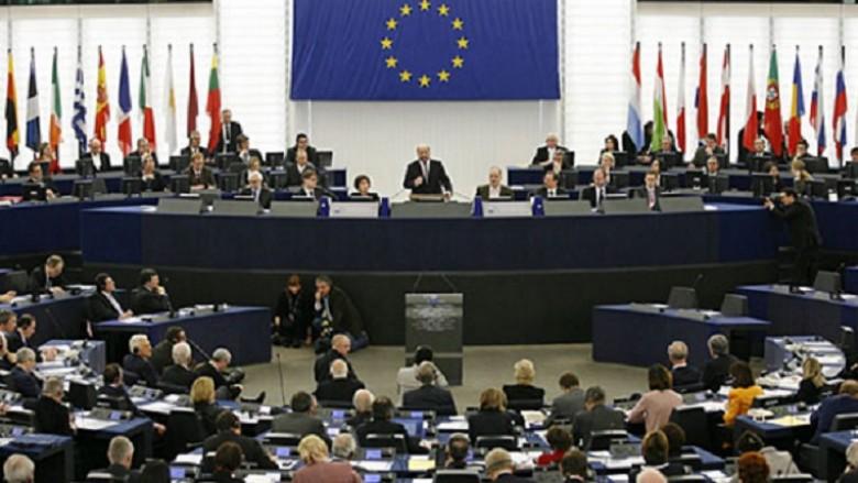 Marrëveshja e Prespës  përplasje mes eurodeputetëve grek