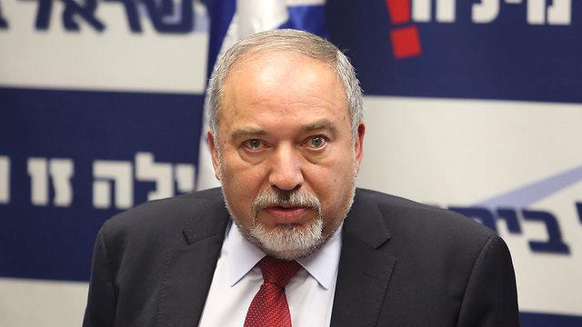 Armëpushimi në Gaza  jep dorëheqje ministri i Mbrojtjes i Izraelit