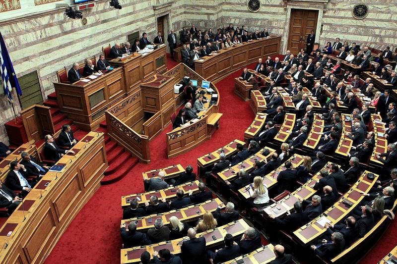tsipras-kerkon-sot-votebesimin-ne-kuvend-opozita-ai-nuk-mbron-dot-interesat-e-greqise