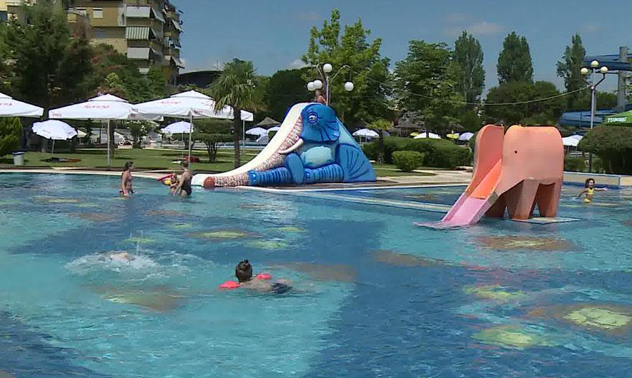 Çfarë duhet të dini për notin në pishinë