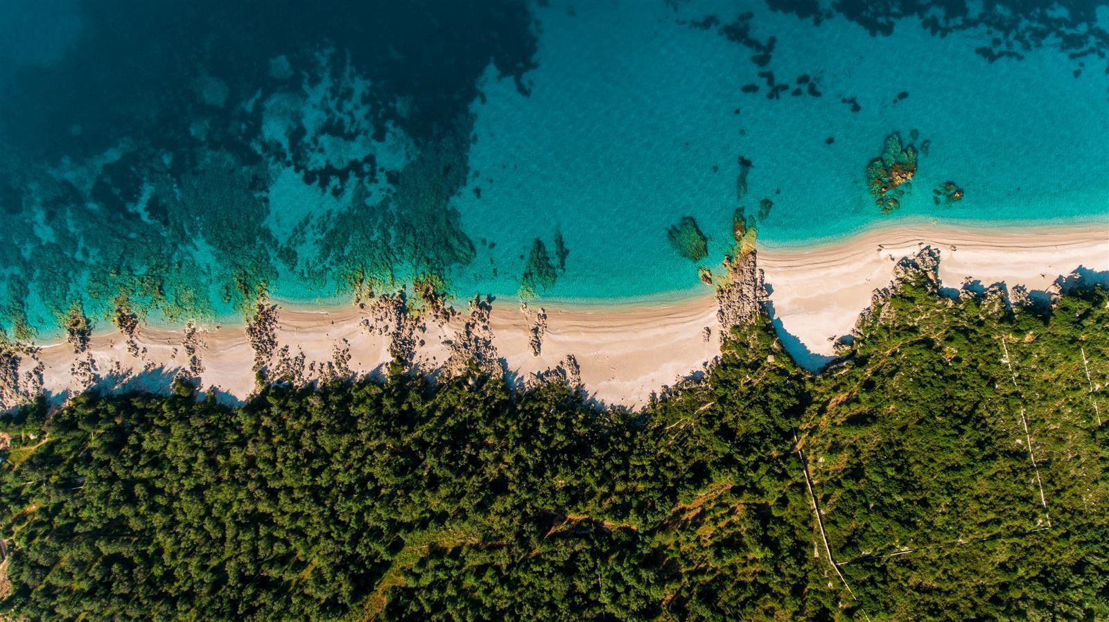 TGCOM  Shqipëria perla e Mesdheut  plazhe si në Karaibe