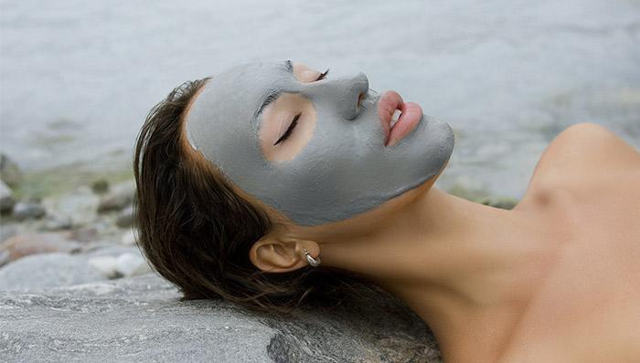 e-diela-eshte-per-relaks-3-maska-te-thjeshta-te-cilat-mund-t-i-pergatisni-vete