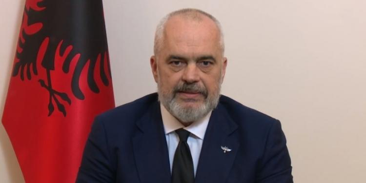 Rama mesazh  dashurie  shqiptarëve  Jeni super  ju dua shumë  do e fitojmë këtë luftë