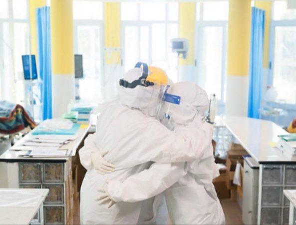 Rritet numri i të shëruarve  edhe 23 pacientë të tjerë mposhtin COVID 19
