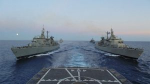 """Ankaraja nxjerr 18 anije ushtarake/ Si e ndaloi Merkel """"luftën"""" mes Greqisë dhe Turqisë"""