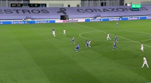 Reali marshon drejt titullit  Madrilenët mundin 2 me 0 Deportivo Alavesh