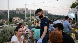 Greqia hapet për turistët shqiptarë