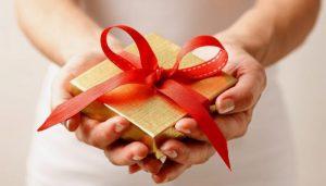 Objekte personale të cilat s'duhet t'ia dhuroni askujt sepse sjellin fat të keq