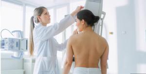 Trajtimi i ri i kancerit të gjirit mund të ndihmojë mijëra gra