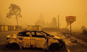 Dhjetëra të vdekur dhe të zhdukur nga zjarret katastrofike në Oregon dhe Kaliforni