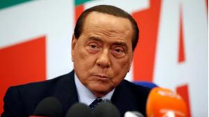 Berlusconi infektohet me koronavirus, izolohet në shtëpi