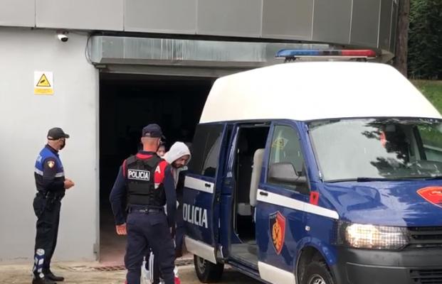 33-vjeçari fut klandestinët në furgon dhe i nis drejt Kosovës