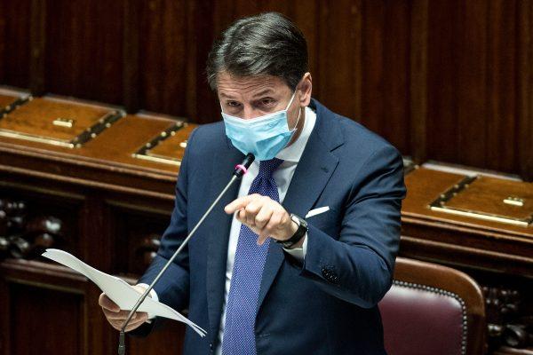 Italia rivendos kufizime pas rritjes së rasteve të reja/ Conte: Situata po përkeqësohet
