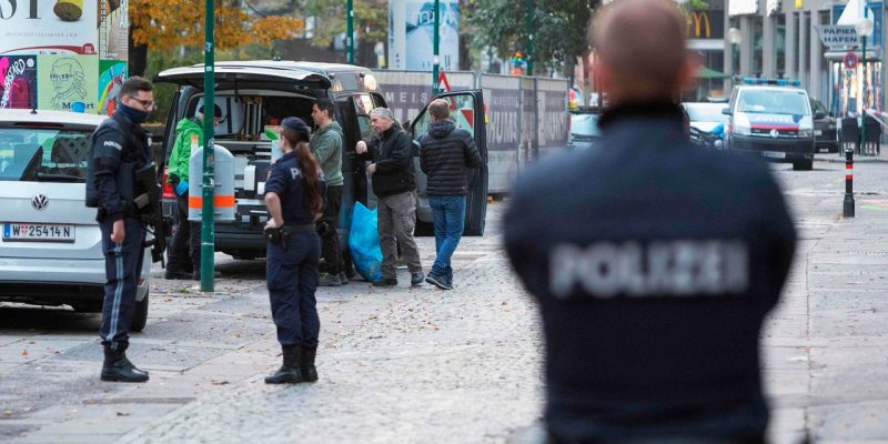 Ministrja: Tre policë që luftuan dje me terroristët në Vjenë ishin nga Kosova