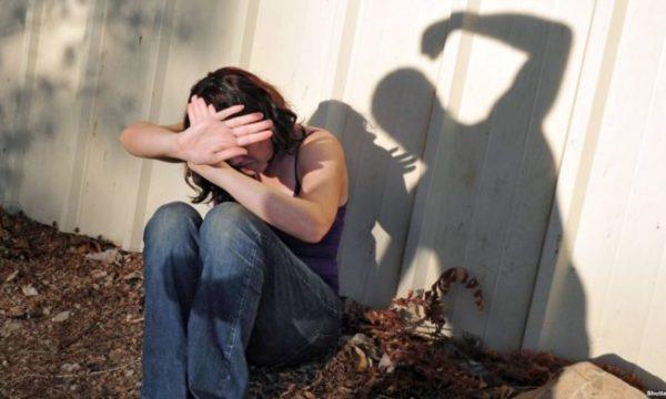 Beratasi kapet në flagrancë duke rrahur gruan