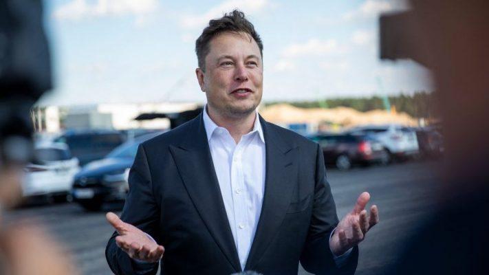 Elon Musk bëhet personi më i pasur në botë
