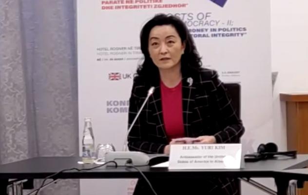 Yuri Kim thirrje qeverisë: T'i japë përparësi përmirësimit të klimës së biznesit