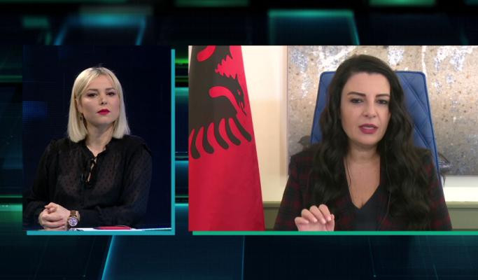 E-ZONË/ Balluku shpjegon si do të ulen tarifat në Rinas