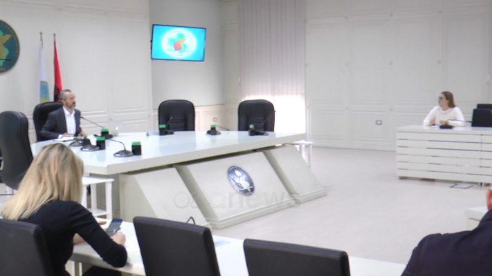 Komisioni Rregullator i KQZ miraton fletën e votimit për zgjedhjet e 25 prillit