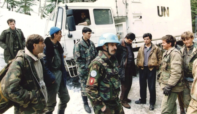 Holanda do të paguajë me nga 5,000 euro ushtarët që ishin në Srebrenicë