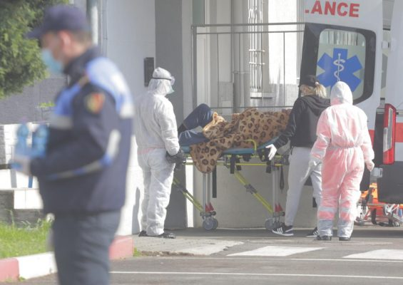 Spitalet private shkelin ligjin/ Trajtimi i pacietëve me Covid duhet të jetë falas