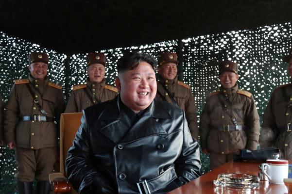 Provokon Koreja e Veriut, lëshon dy raketa balistike në Detin e Japonisë