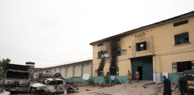 Sulmohet burgu në Nigeri, arratisen mbi 1,800 të burgosur