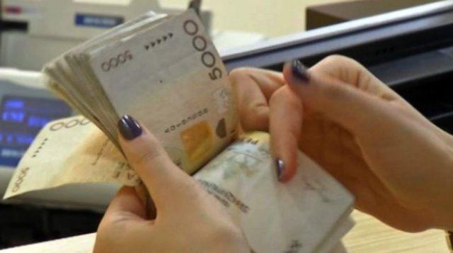 'Deklaroni të ardhurat'/ Tatimet: 30 prilli, afati i fundit për të dy punësuarit
