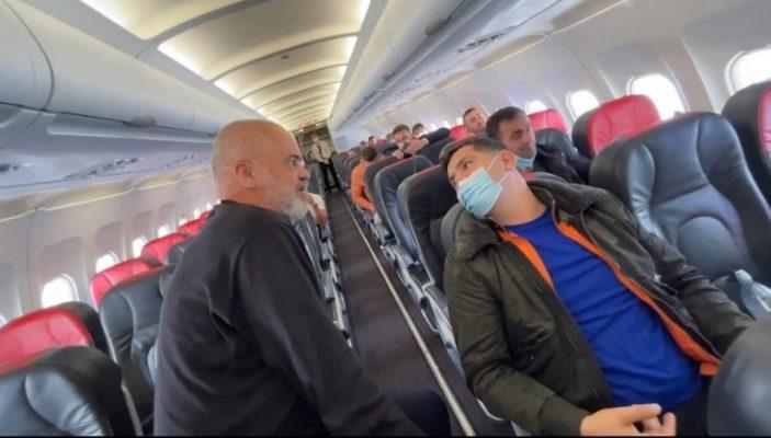 """Rama nxjerr pamjet nga fluturimi me """"çunat e Londrës"""": Më ke sharë aq shumë sa…"""