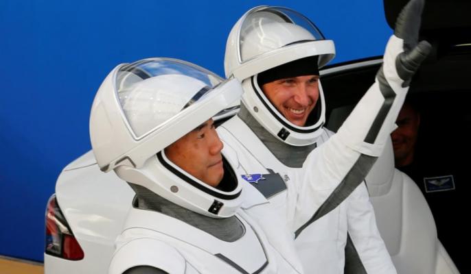 Katër astronautë kthehen me sukses në Tokë me kapsulën SpaceX