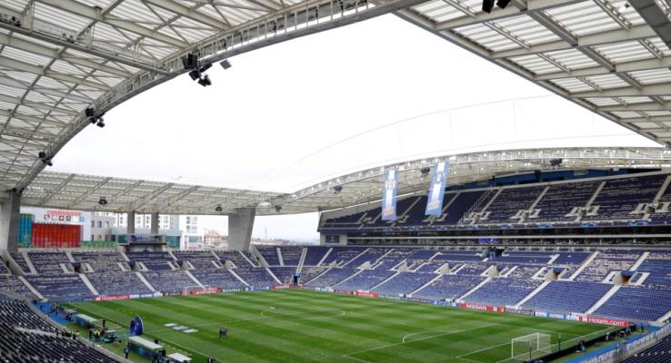 Lajm i mirë/ Tifozët do të lejohen në stadium