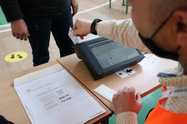A kanë votuar qytetarë të ndryshëm më shumë se njëherë? Nisin hetimet