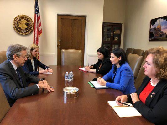 Gjonaj takohet në Washington me zyrtarë të lartë të administratës amerikane, garanci për mbështetjen e reformës në drejtësi