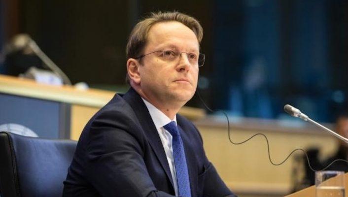 """""""Jo"""" negociatave me Shqipërinë, reagon Varhelyi: Do punojmë si një çështje përparësi"""
