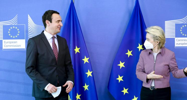 Von der Leyen për dialogun Kosovë-Serbi: Thelbësore që palët të takohen sa më shpejt