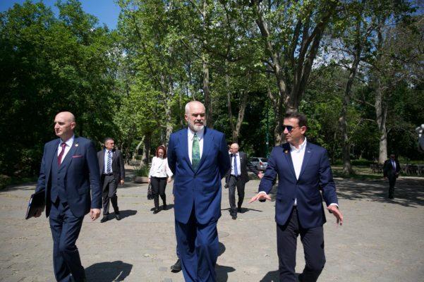 Busti i Skënderbeut në Parkun Qendror të Budapestit/ Veliaj: Inaugurohet në 5 korrik