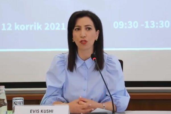 Ministrja Kushi: Nga e hëna, mësimi pa turne dhe me kohëzgjatje normale të orëve mësimore