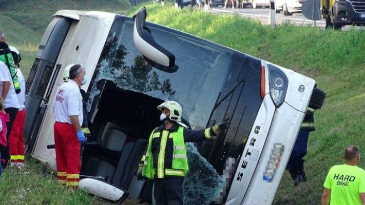 Gjermani/ Del nga rruga autobusi me targa të Serbisë, 9 pasagjerë në gjendje të rëndë