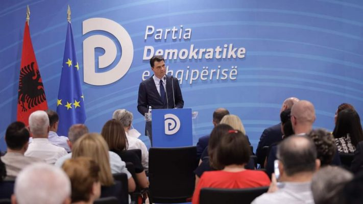 Basha: Me ekipin e ri do të kthejmë demokracinë në vend