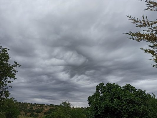Vranësira dhe reshje shiu/ Parashikimi i motit për këtë javë