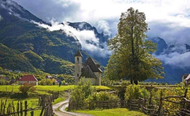 thethi-stacioni-i-alpeve-fshati-turistik-malor-mirepret-cdo-vit-100-mije-vizitore