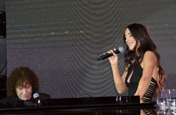 """VIDEOKLIPI / """"ZanIn"""", Elhaida Dani zbulon albumin e saj të ri, në një mbrëmje plot emocione"""