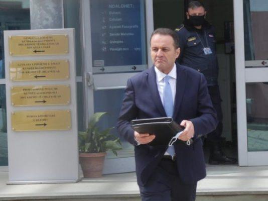 2 vite burg për Adriatik Llallën/ Avokati tregon ku ndodhet ish-Kryeprokurori