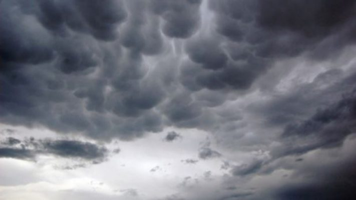 Vranësira dhe reshje shiu/ Parashikimi i motit për këtë të shtunë