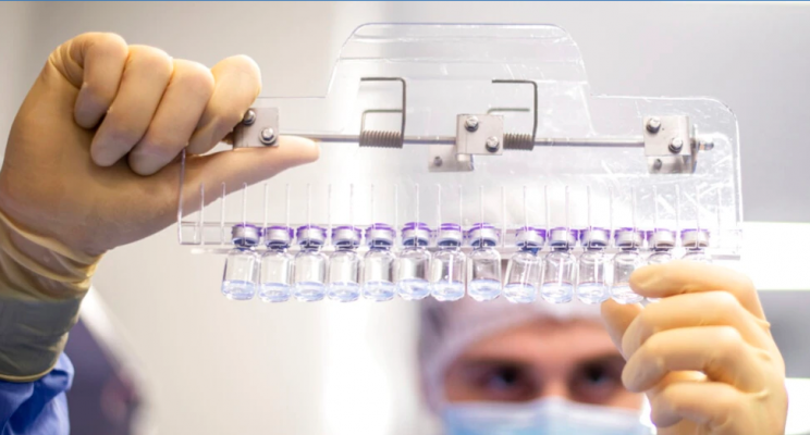 FDA autorizon dozë të tretë të vaksinës kundër COVID-19 për grupe të caktuara