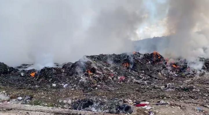 """""""Helmohet"""" Patosi/ Banorët: Katastrofë mjedisore, Bashkia të gjejë zgjidhje"""
