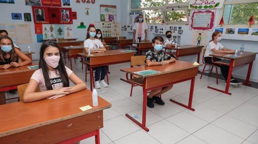Nxënësit kthehen në shkolla, nis mësimi plotësues