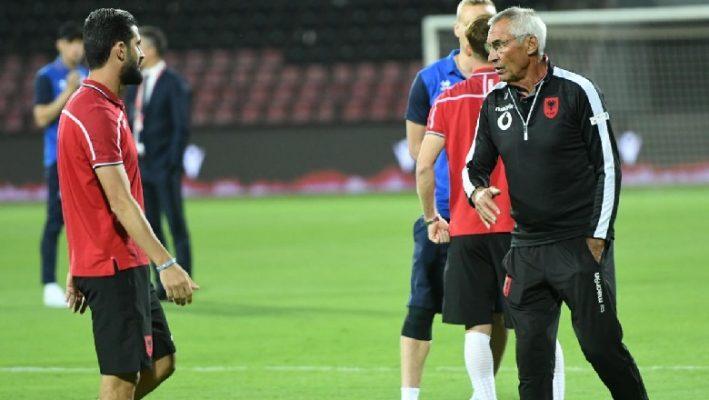 Kuqezinjte nisin përgatitjet, shqetësim për trajnerin Reja është mbrojtësi Ismajli